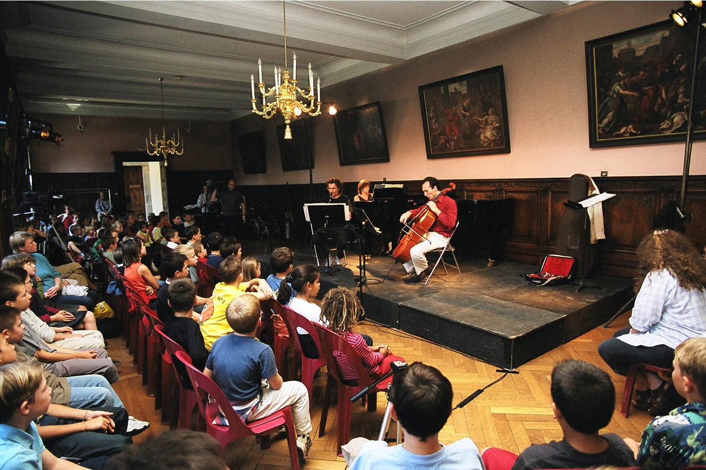 Festival 2002